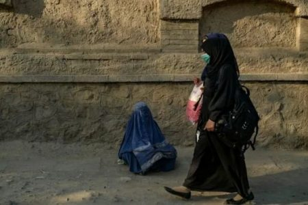 """تمام"" افغانستان در خطر فقر"